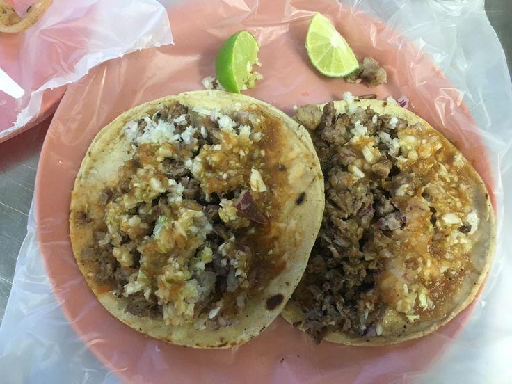 """Tacos de Carne Asada """"con todo"""" #tacos #food #foodporn #TacoTuesday #mexican #mexicanfood #Mexico #foodie #burritos #yum #dinner"""