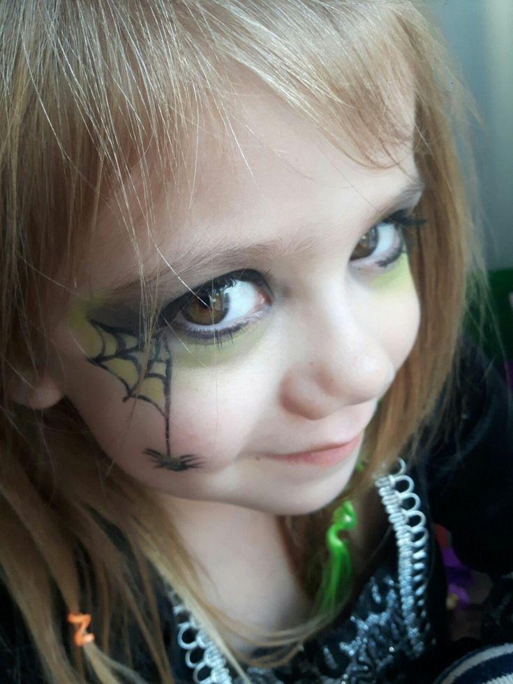 Kinderschminken Halloween Hexe Herrlicher Look Halloween