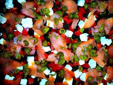 Pizza pełnoziarnista ze szpinakiem i łososiem