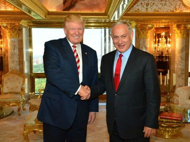 Israel To Present Trump With 'Evidence' Obama Was Behind UN Resolution - Breitbart h ttp://bit.ly/2hpL12x via @BreitbartNews Prime Minister Benjamin Netanyahu and Republican presidential candidate Donald Trump meeting at the Trump Tower in New York, September 25, 2016. (Kobi Gideon/GPO)