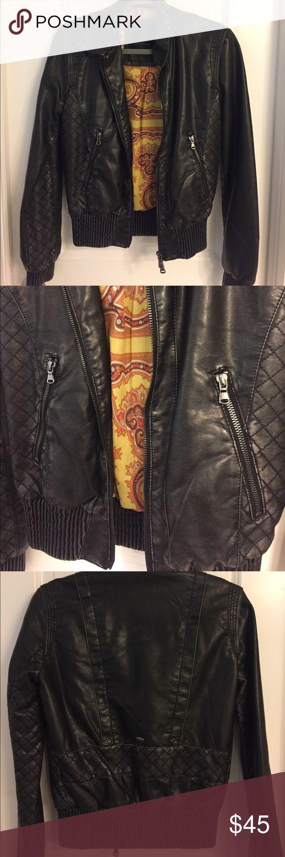 Guess Moto jacket Lightweight Faix leather jacket. Form fitting moto jacket Guess Jackets & Coats