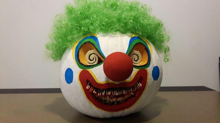 Halloween pumpkin clown