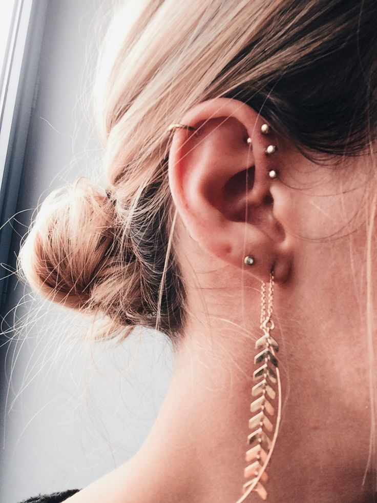 Totally in love with my new triple forward helix ♥