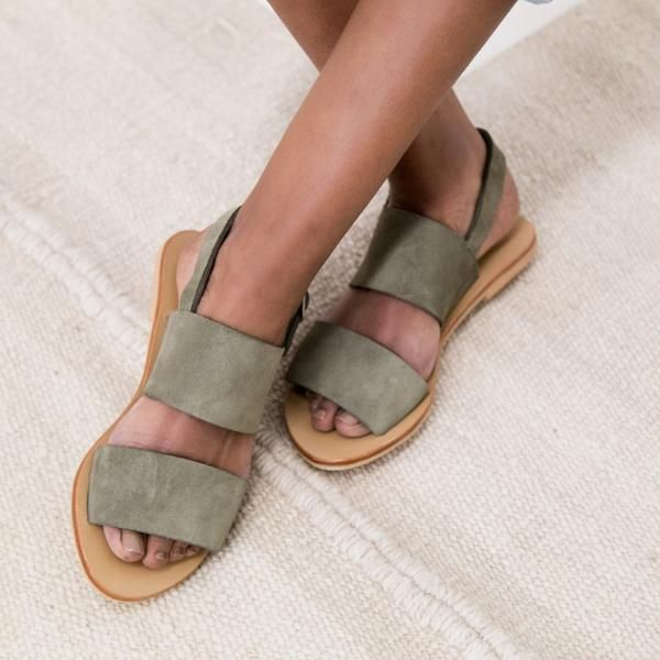 Perfect for everyday the Jun Olive Suede Sandal gives comfort and style. Soft Suede a heel strap for extra support, Suede lining and a non-slip sole make the Jun sandal a must have for your summer wardrobe. SIZECHART  Pleasenotethisisaguideandmeasurementsmayvaryslightly.  EUSIZE USSIZE LENGTHOFSOLE (THEMEASURMENT OFTHESOLEOFTHE SHOE) 35 6 24CM'S 36 ...