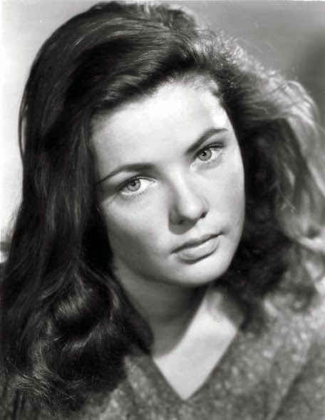 "An unglamorous Gene Tierney in her third movie ""Tobacco Road"" (1941), written by Nunnally Johnson and directed by John Ford. Description from pinterest.com. I searched for this on bing.com/images"