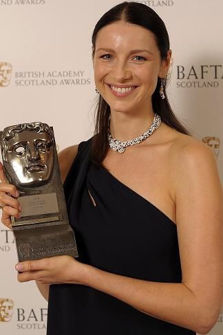 Through The Stones — outlanderitaly: Caitriona Balfe wins as best actress, television! BAFTAS 2016