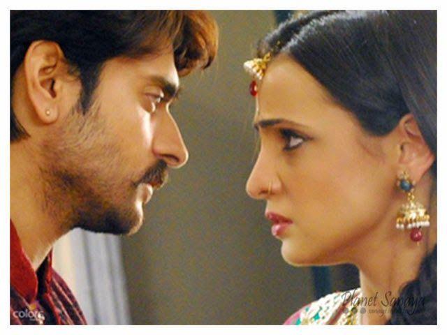 Read the full written recap of today's episode of Rangrasiya...