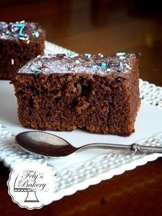 """Squisiti Brownies alla Nutella, finalmente ho trovato la ricetta perfetta. Golosi e """"Nutellosi"""" non potete perderveli. Finiscono in un batter di ciglia, ma d'altronde tutto è buono con la nutella!"""