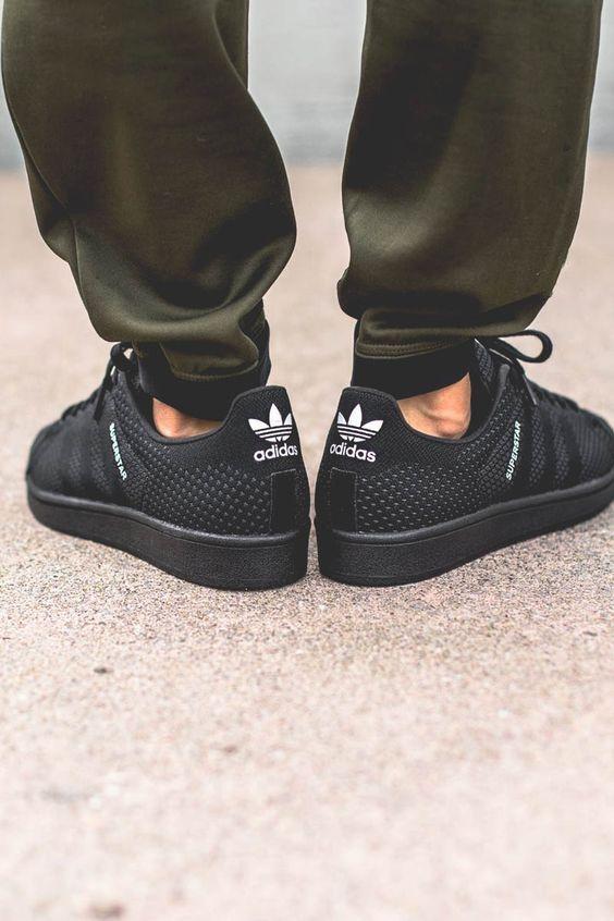 Moda Masculina Verão 2018. Sneakers em material Respirável. Adidas  Superstar Primeknit 78af485134f03