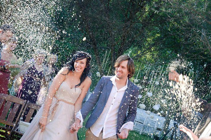 wedding, confetti, love, photography, couple, wedding ideas, nature