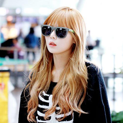 Hyuna blonde hair