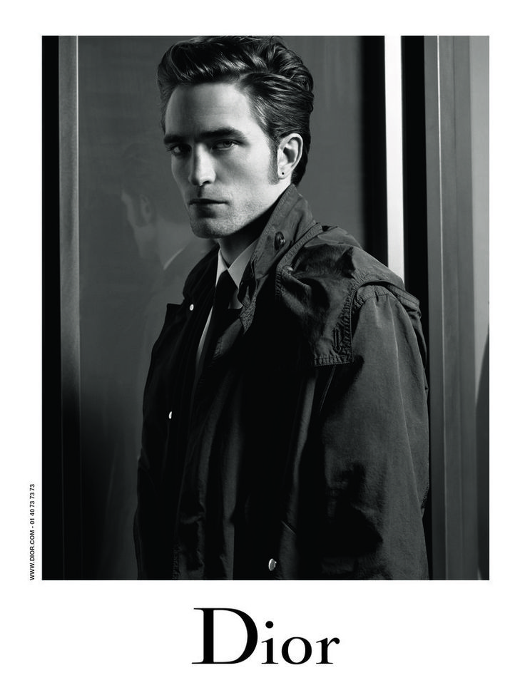 ROBERT PATTINSON pris en photo par KARL LAGERFELD - Confidentielles