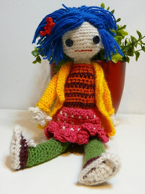 1000+ ideas about Coraline Doll on Pinterest Button Eyes ...