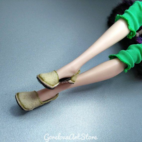 Beige real leather summer slippers/shoes/moccasins/sandals for Ever after/Monster High dolls