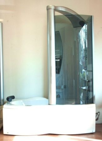 Whirlpool Tub Jacuzzi Shower Combo   $1500 (Garden Grove) This Is A BRAND  NEW