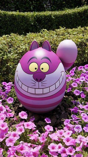 Tokyo Disney Resort: Cheshire Cat Easter Egg