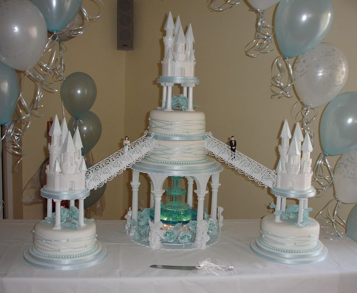 Wedding Cakes with Fountains | Castles wedding cake with fountain - a photo on Flickriver