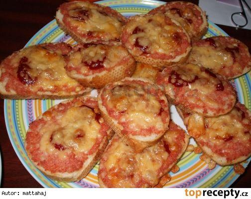 Zapečené tousty- teplé chlebíčky