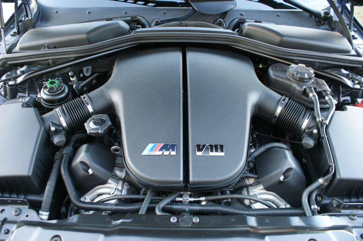 Bmw E60 M5 V10 5 Series 2003 2010 Bmw 5 Series Pinterest Bmw Bmw Motors And Cars