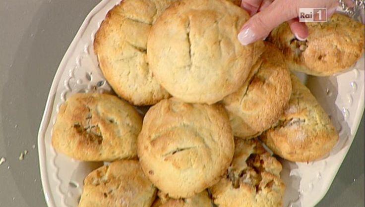 La ricetta delle raviole con fichi secchi e mandorle di Alessandra Spisni del 14 ottobre 2013 - La prova del cuoco