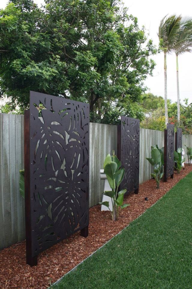 80 best garden screens images on pinterest gardens for Back fence screening ideas