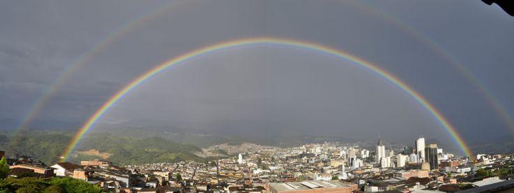 Panoramica con arco iris #DoubleRainbow