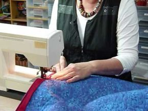 How to Bind a Quilt by machine – Quilting Tips & Techniques 094 – Gourmet Quilter Blog