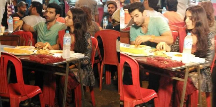 Aditya Roy Kapoor and Shraddha Kapoor having dosa at Food Street - ReviewPk.Com  - http://goo.gl/ufqdhP aditya, dosa, food, kapoor, roy, shraddha, Street #Entertainment