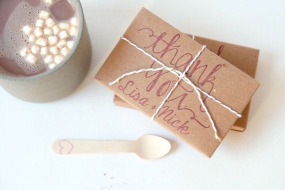 Hot chocolate wedding favors. Rustic winter wedding gift set of 50 with custom stamp. Christmas party favors