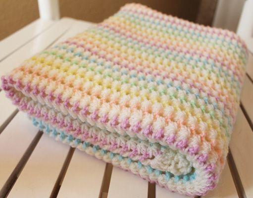Starlight Baby BlanketThis crochet pattern / tutorial is available for free... Full post: Starlight Baby Blanket