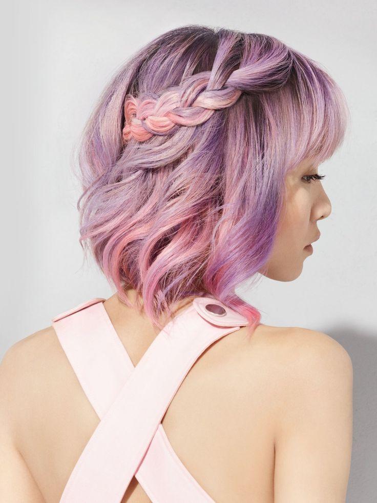 Ein richtiger Hingucker: Rosa Haare sehen mittlerweile auch ganz schön chic aus, ja richtig elegant! L'Oréal Professionnel hat mit ihrer #ColorfulHair Serie sieben bunte Nuancen und einen Clear-Ton kreiert, die für maximale Farbvielfalt und maßgeschneiderte Haarfarben sorgt! Ganz gleich, ob kräftiges Blau, sattes Pink oder pastelliges Türkis - der Kreativität werden keine Grenzen gesetzt. #ColorfulHair basiert auf einer neuen Direktzieher-Technologie, die pure und ebenmäßige Farbergebnisse…