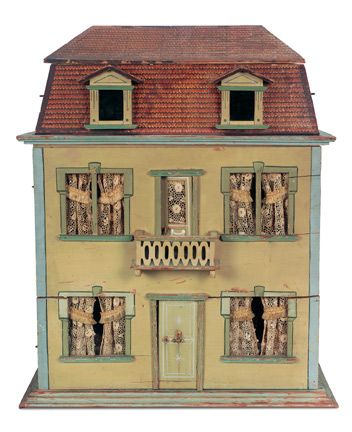 Dollhouse, Antique Mansard style German dollhouse, ca. 1890 | Source: Theriault's Auction House