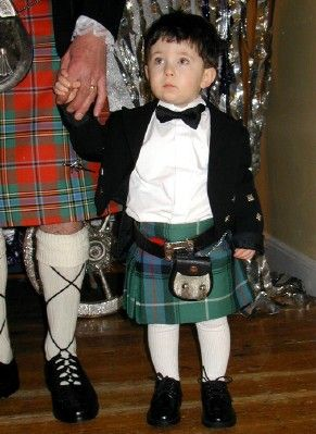 Everyone loves a Page Boy at a wedding especially a little boy in a kilt. Adorable. Photo: main.stylelist.com