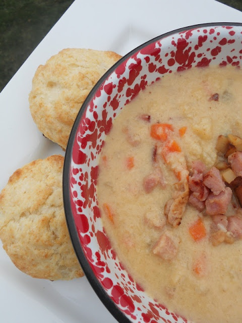 Ham & Cheddar Cauliflower Chowder {low-carb!}