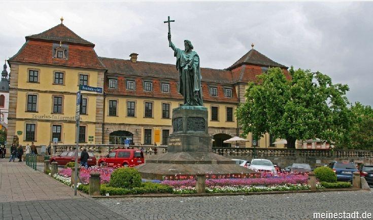 Bonifatiusplatz in Fulda