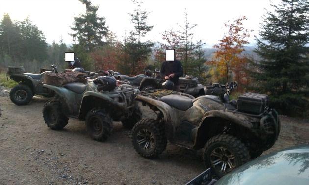 Aż siedmiu miłośników ekstremalnej jazdy po leśnie zostało zatrzymanych przez patrol straży leśnej z Nadleśnictwa Śnieżka. Każdy z quadowców został ukarany mandatem w wysokości 500 zł.
