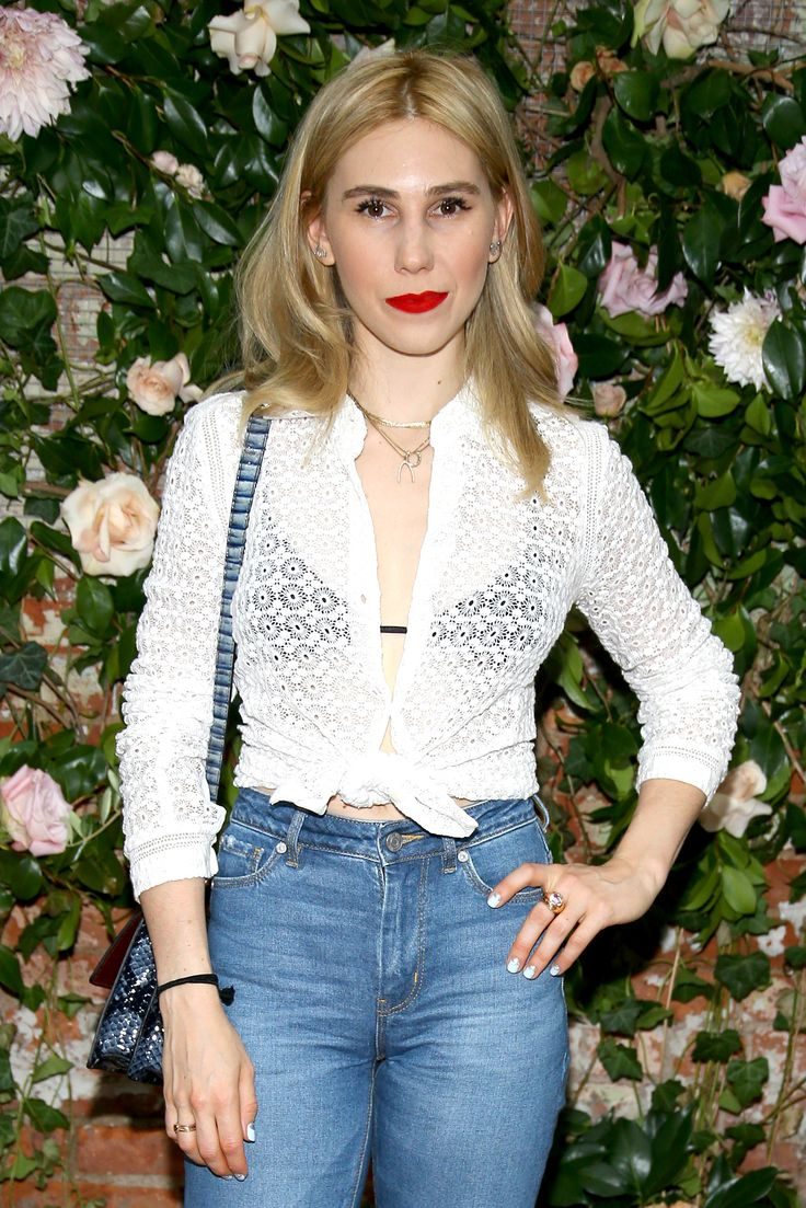 Zosia Mamet on How to Rehab Bleached Hair—And the Tattoo She Got From Her Girls Castmate