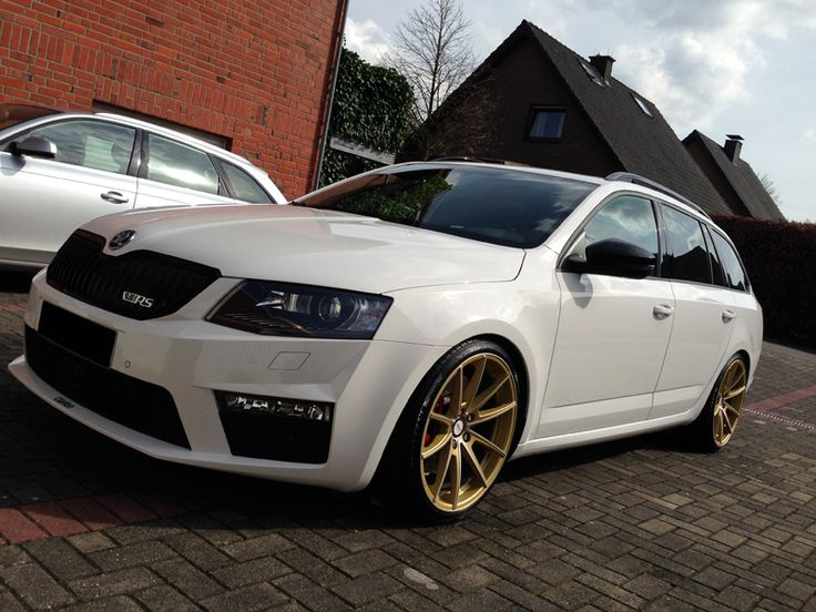 skoda octavia rs combi dlw manay 19 gold 1 cars bikes etc pinterest. Black Bedroom Furniture Sets. Home Design Ideas
