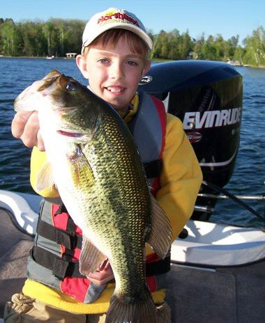 92 best largemouth bass images on pinterest largemouth for Bass fishing season