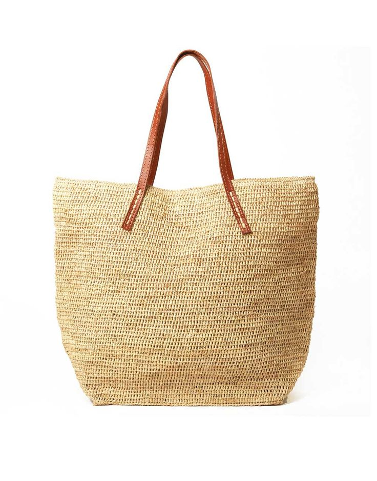 """Artisan - The perfect weekender made for getaways or local stays that's roomy enough to load up all your essentials. * Tote: approximately 20""""h x 15""""w x 8.5""""d * Strap: approximately 9"""" *"""