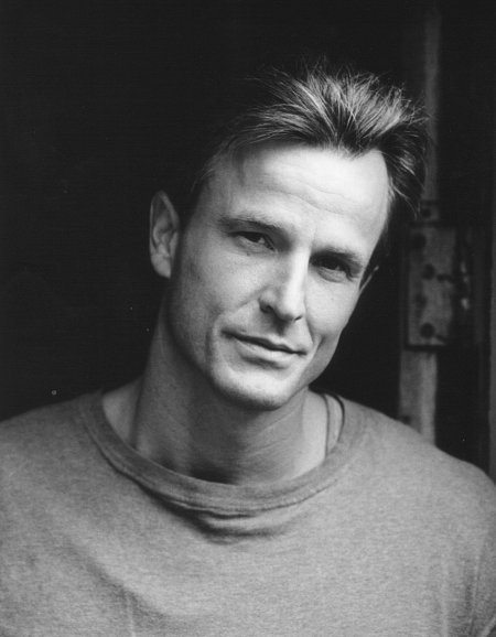 Nick Cassavetes. Directed the Notebook and looked like this. Amazing!
