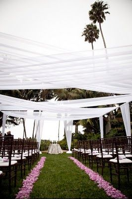 Perfect for outdoor weddings to provide shade and for a dramatic look.