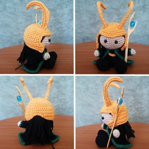 Look at the cuddly little Loki I can cuddle with...  Free #Crochet Avengers Patterns :: Loki Amigurumi