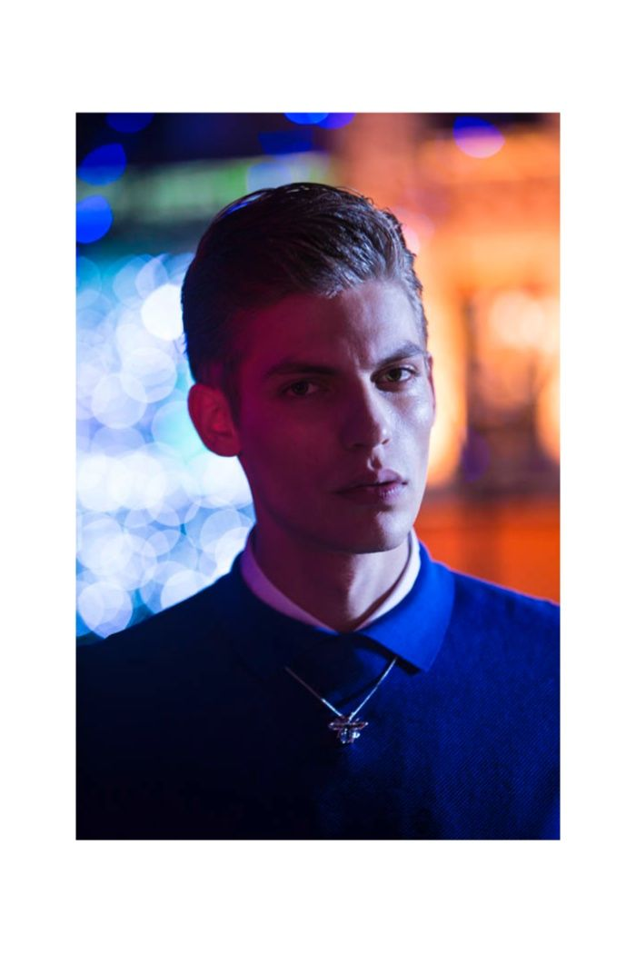 Evening in Dior–French model Baptiste Radufe celebrates a stylish night out on the town with the March cover story of L'Officiel Hommes China. Photographed by Michelle Du Xuan, a regular contributor to the magazine, Baptiste is styled by Fleur Huyhn Evans in the spring/summer 2014 collection of Dior Homme, designed by creative director Kris Van... [Read More]