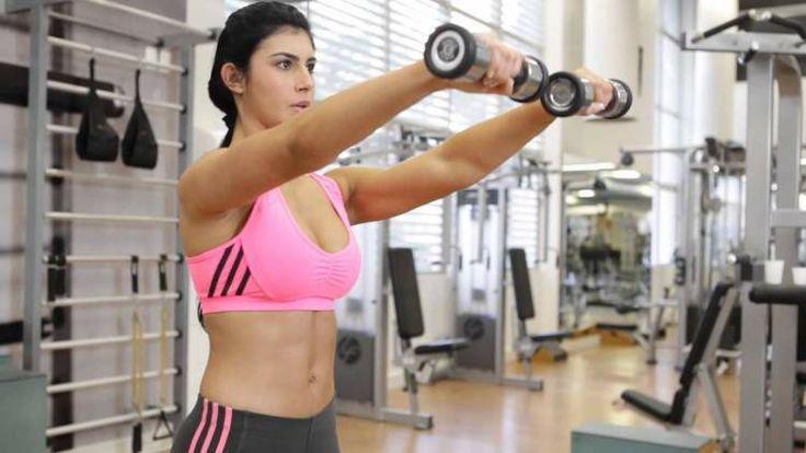 Os 8 Exercícios Poderosos Para Levantar os Seios em Casa | Dicas de Saúde