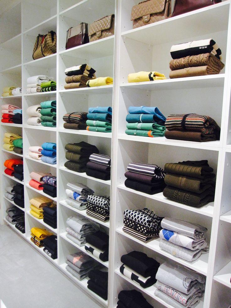 Women's walk in wardrobe closet, Organised & Styled by us. #inthecloset_styling #organisingwardrobes #creatingluxuryspace #organiseyourlife
