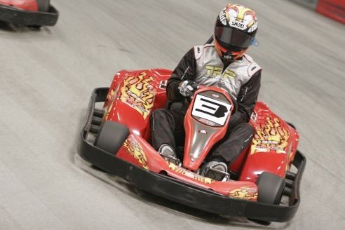 MB2 Raceway offers indoor go kart racing for individuals, groups, birthday parties, corporate events, and more! Contact us and schedule your visit.