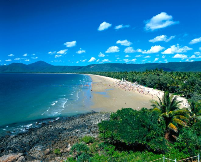 Four Mile Beach. Breathtaking, beautiful and totally within reach if you enter our competition to WIN a family holiday in #PortDouglas. #travel #travelwithkids #familytravel #familyholidays #familyvacations #beach #Queensland #Australia http://www.suitcasesandstrollers.com/articles/view/win-a-luxury-family-holiday-to-port-douglas?l=all