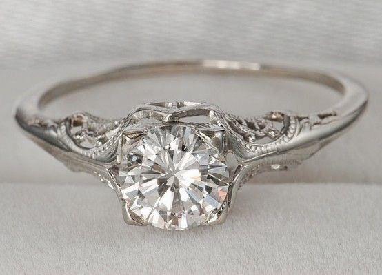 Vintage Diamond Engagment Ring.