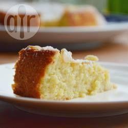 Bolo de amêndoa e ricota sem glúten @ allrecipes.com.br - Um bolo delicioso sem farinha de trigo, feito com farinha de amêndoas e ricota.